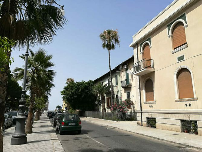 guest house via marina reggio calabria affittacamere bed & breakfast Viale Genoese Zerbi 2