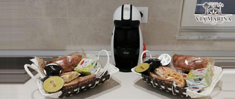 colazione con angolo cottura della Guest House Via Marina B&B Reggio Calabria centro